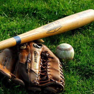 Batte de baseball et gant Boucaniers baseball