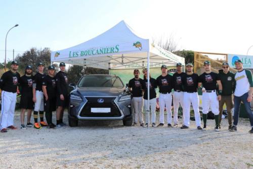 Équipe de division 1 fière du Partenariat Lexus